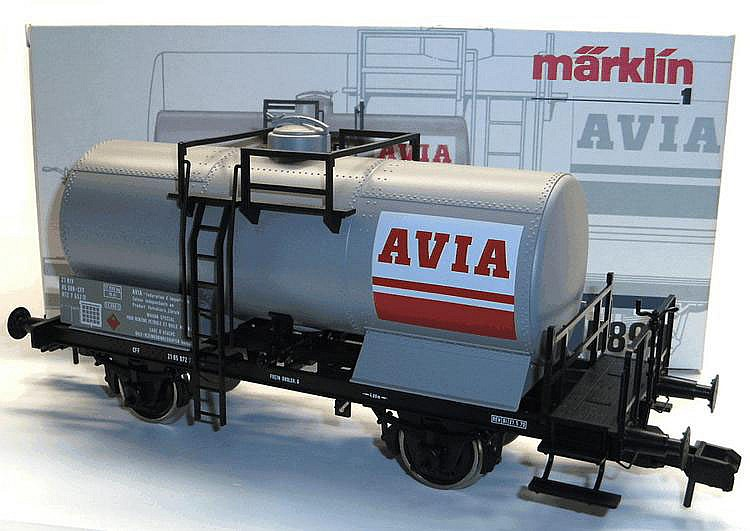 Marklin 1-gauge 5894 4-wheel Tanker 'Avia'