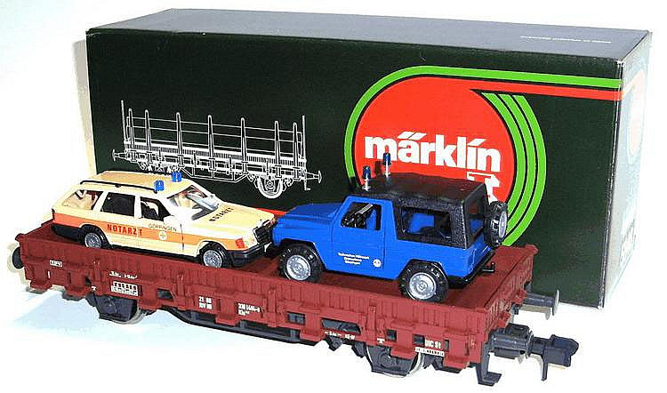 Marklin 1-gauge No. 5848 4-wheel Wagon with Automobiles