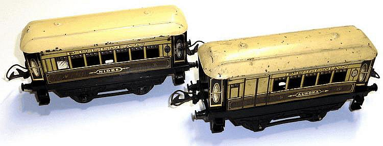 Two Hornby O-gauge No. 1 Pullmans