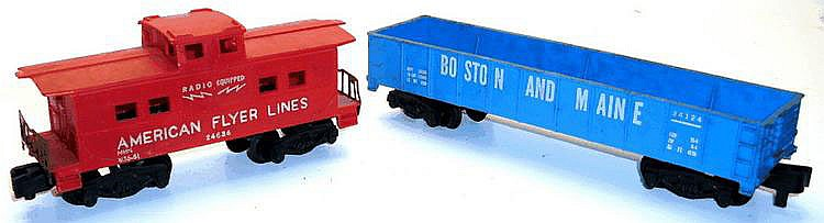 Two American Flyer Plastic Bogie Freight Cars