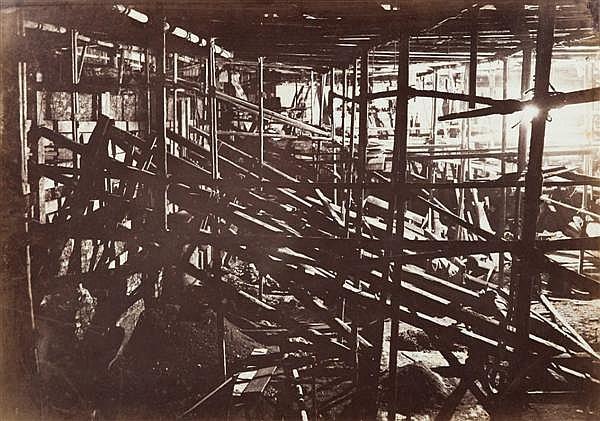 Godefroy Phot Agrandissement des travaux du Bon Marché, partie angle des rues du Bac et de Sèvres, vers 1870 Épreuve albuminée, mont...