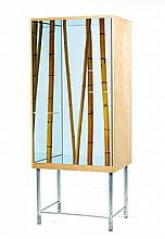 ANDREA BRANZI (NÉ EN 1938) & GALLERIA Clio Calvi & Rudy Volpi (Éditeurs).Bambou, 2006.A wooden display window cabinet with four mirrors