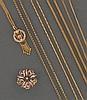 LOT comprenant :  -une BROCHE FLEUR en or émaillé rose, rehaussée de demi-perles. Diamètre : 2,3 cm