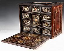 ITALIAN VARGUENO - 18th c. Fine Quality Portable Desk in Ebony & Walnut, lift-top with mirror inside, papered interior with storage; dr