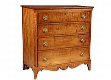 TIGER MAPLE CHEST OF DRAWERS - Late 18th to early 19th c