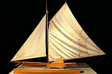 RARE BOAT MODEL IN FITTED CASE - Model of the 25' LOA Catamaran 'Amaryllis'