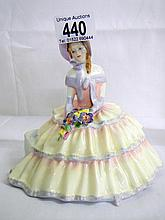 Royal Doulton 'Daydreams' figurine, HN1731 (approx. height 5 1/2'' / 14cm)