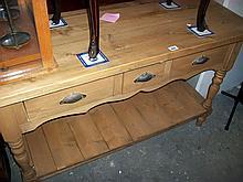 Three-drawer pine board dresser
