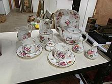 10 pieces of Royal Crown Derby including teapot (handle on teapot a/f)