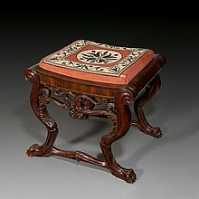 Berlin furniture maker - Tabouret with lion's paw legs