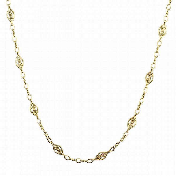 French 18k Yellow Gold Filigree Chain length 31