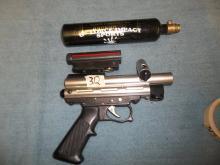 Paint Gun and Cartridge