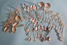 GROUPING OF 33 STERLING SILVER & COIN SILVER FLATWARE ITEMS: