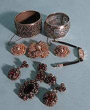 COSTUME & FINE JEWELRY LOT: