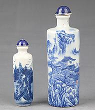 A GROUP OF TWO BLUE AND WHITE PORCELAIN SNUFF BOTTLE