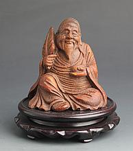 A BAMBOO CARVED DECORATION MODEL OF OLD MAN