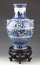 A LARGE AND FINELY PAINTED BLUE AND WHITE PORCELAIN JAR