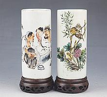 A PAIR OF FINELY PAINTED PORCELAIN BRUSH POT