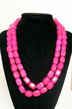 LADIES BEAUTIFUL PINK AGATES NECKLACE