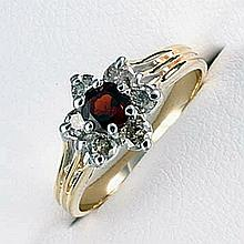 Lady's 10K Yellow Gold Garnet/ Diamond Ring (30)