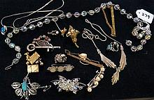 Assorted antique & vintage costume jewellery