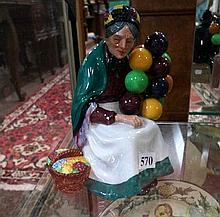 R/Doulton figure, Balloon selller HN 1315