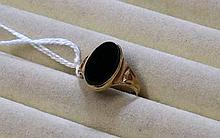 Antique rose gold black onyx Gents ring