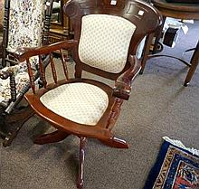 Antique style Office swivel chair