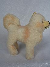 Two Steiff Animals:- wool plush1960s Chow dog 13cm on fours, silver script button. Museum Collection