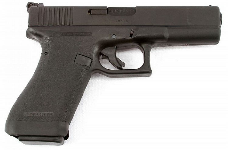 GLOCK 17 9MM PISTOL WITH ORIGINAL BOX GENERATION 1