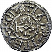 Denier de Rennes, après 864. A/. (9h). +GRATIA D-I REX monogramme de Karolus. R/. +HREDONIS CIVITAS croix. - Références: Gariel, n°199 - Prou, n°652 - MG, n°1045 - Argent 1,61g. (3h). Très Beau à Superbe.