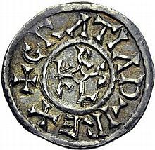Denier du Mans, après 864. A/. (9h). +GRATIA D-I REX monogramme de Karolus. R/. +CINOMANIS CIVITAS croix. - Références: Gariel, n°130 - Prou, n°424 - MG, n°907 - Argent. 1,69g. (4h). Très Beau à Superbe.