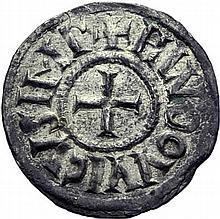 Denier de Melle à partir de 818. A/. HLVDOVVICVS IMP croix. R/. +METALLVM croix. - Références: Gariel, n°70 - Prou, - MG, n°400 - Argent. 1,71g. (5h). Très Beau. Rare.