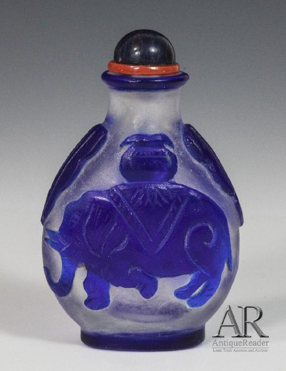 Chinese Glass Snuff Bottle Overlay Blue Color