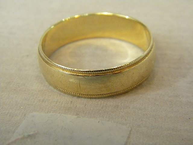 Men's Gold Band 10K  Size 12