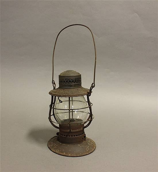 RAILROAD LANTERN K & MRY DRESSELL STEEL TOP BELL BOTTOM CLEAR CAST GLOBE PRR