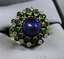 LA TRIOMPHE STAMPED 18K YELLOW GOLD ENAMELED FLORAL FASHION RING WITH LAPIS AND DIAMOND ACCENTS, SIZE 5, 15.9 GRAMS TOTAL