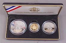 US CONGRESSIONAL COINS PROCLAIMING THE TRIUMPH OF DEMOCRACY 1989 THREE COIN SET WITH $5 GOLD, SILVER DOLLAR AND HALF DOLLAR