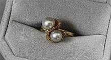 STAMPED 14K YELLOW GOLD 2 PEARL FASHION RING, SIZE 7, 3.3 GRAMS TOTAL