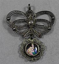 SILVER FILIGREE RELIGIOUS PENDANT WITH PORCELAIN MADONNA AND CHILD PORTRAIT, 3