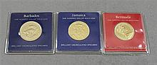 (3) FRANKLIN MINT $100 GOLD COINS, BARBADOS .500 6.21 GRAMS, BERMUDA .900 GOLD 7.030 GRAMS, AND JAMAICA .900 GOLD 7.13 GRAMS