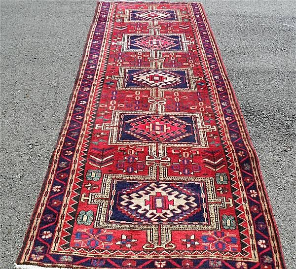 PERSIAN HERIZ RUNNER, 3.7 X 10.3 ~