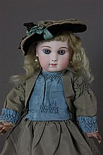PREMIER ANTIQUE TO MODERN DOLL AUCTION