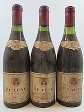 3 bouteilles BEAUNE 1959 Thorin négociant (étiquettes très abimées et déchirées)