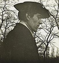 André KERTÉSZ (1894-1985) SANS TITRE, 1913 Tirage argentique sur papier monocouche brillant, réalisé par l'artiste, vers 1940 – 1950