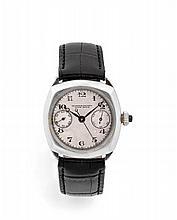 VACHERON CONSTANTIN MONO-POUSSOIR n°49137 vers 1920 Rare et beau chronographe bracelet en argent (0.925). Boîtier coussin. Pouss...