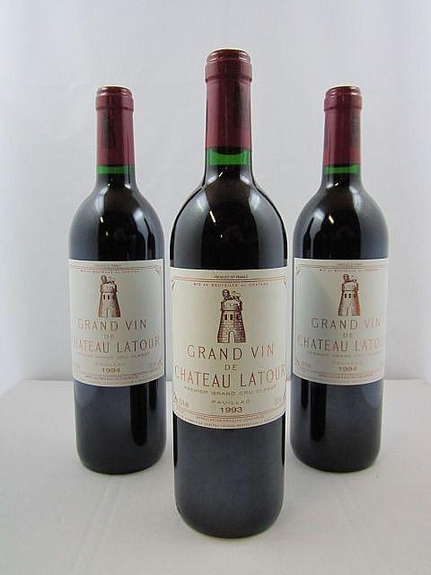 3 bouteilles 1 bt : CHÂTEAU LATOUR 1993 1er GC Pauillac