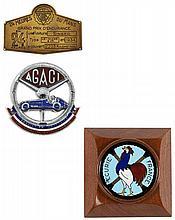DEUX BADGES AUTOMOBILES  Ecurie France et A.G.A.C.I