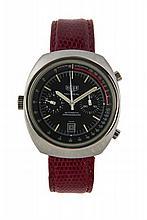 HEUER MONTREAL, vers 1970 Chronographe bracelet tonneau en acier