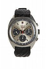 HEUER CARRERA réf. 73653, vers 1970 Chronographe bracelet tonneau en acier